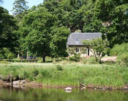 Ardtornish Cottage in Summer sunshine
